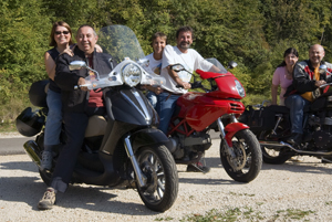 Scooters e motociclette (1/3)